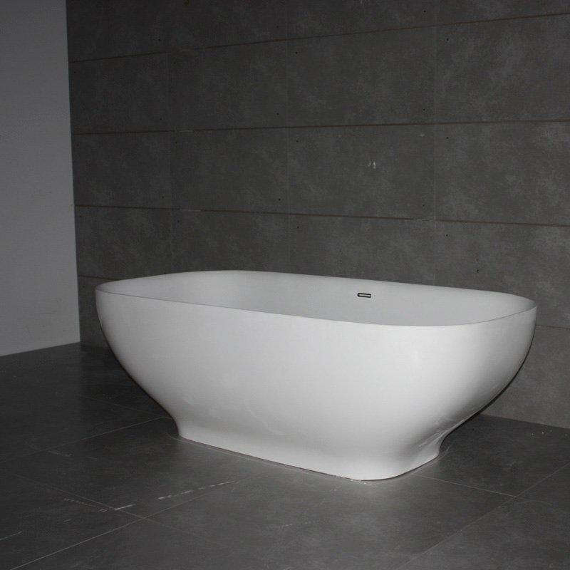 Free-standing Bathtubs